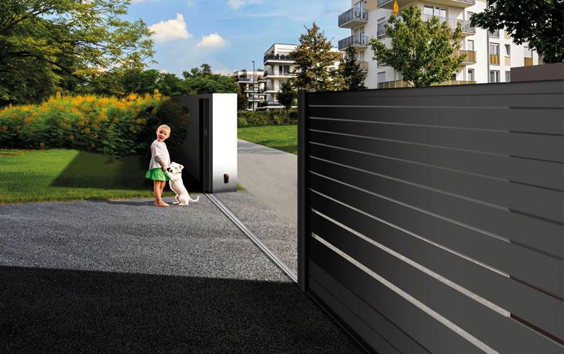 Modèle AMARIJO. Gamme contemporaine. Portail en aluminium. Teinte présentée : 7039 Grainé Classe 2
