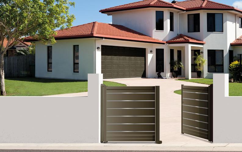 Modèle BISE. Portail en aluminium, gamme contemporaine. Teinte présentée : gris quartz RAL 7039 givré.
